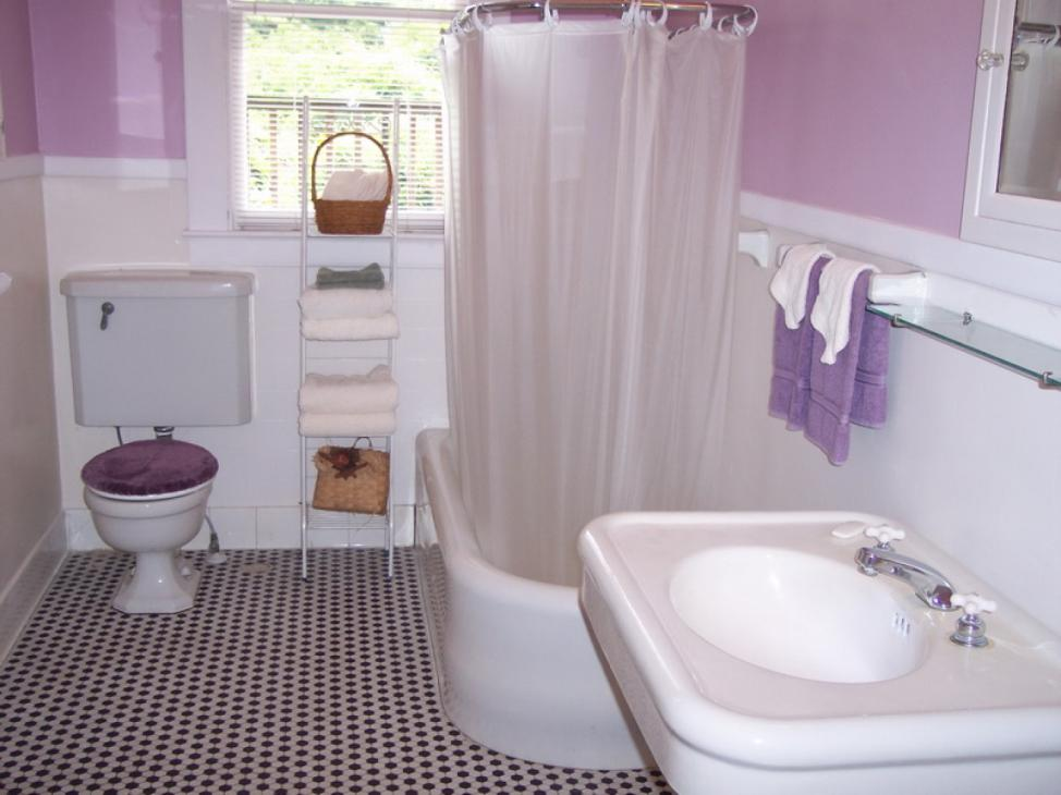 Sprucing Up Your Guest Bathroom
