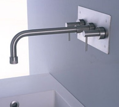 Minimal Faucet, designed by Giulio Gianturco
