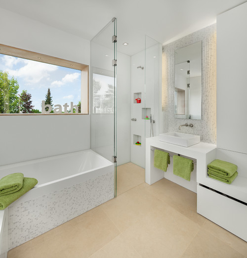 Natural Green Bathroom